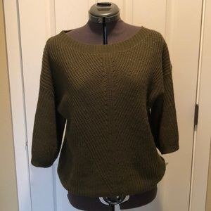 Olive green soft acrylic 3/4 sleeve sweater